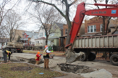 Crews Set to Replace Sewers on Central, Lawrence Avenues in Jefferson Park